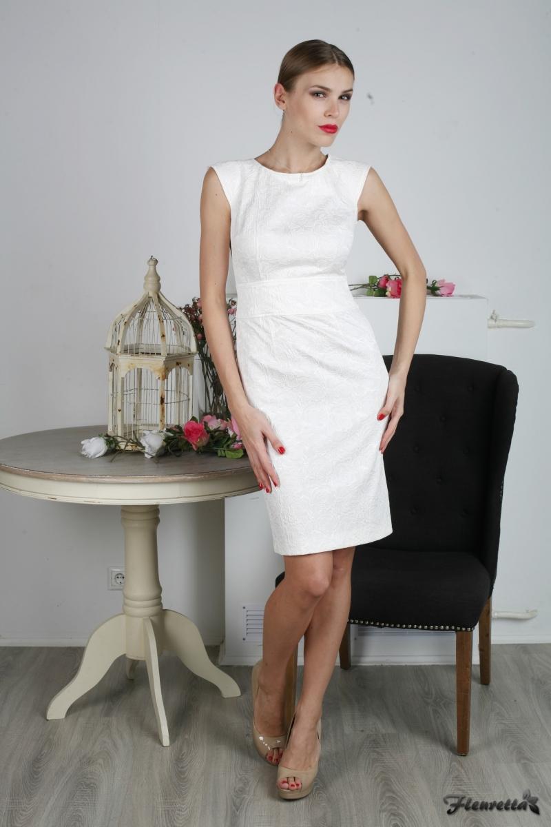 Молочные платья фото 4